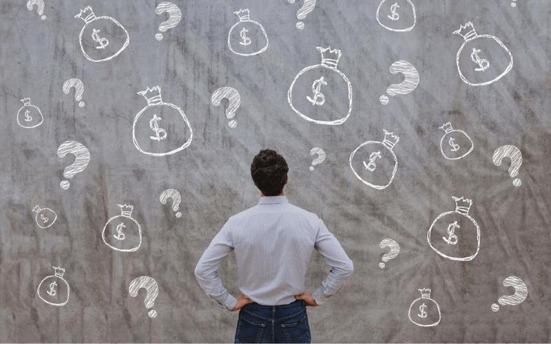 Cheque especial x cartão de crédito: qual vale mais a pena?