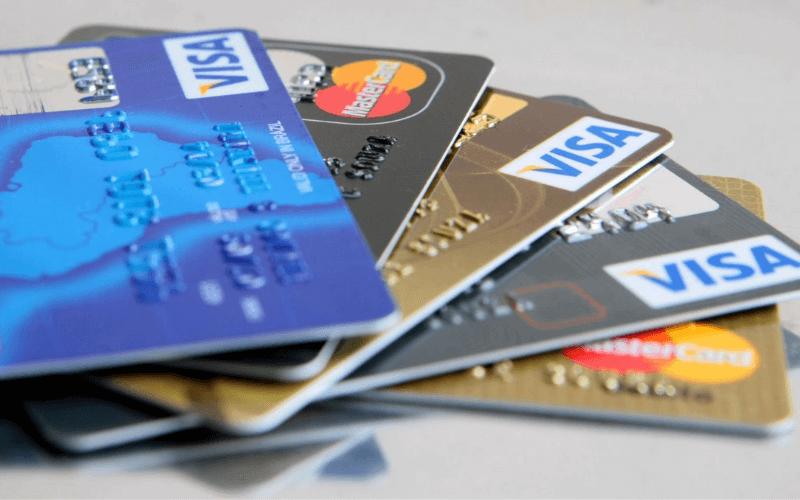 Você sabe o que é um cartão de crédito consignado?